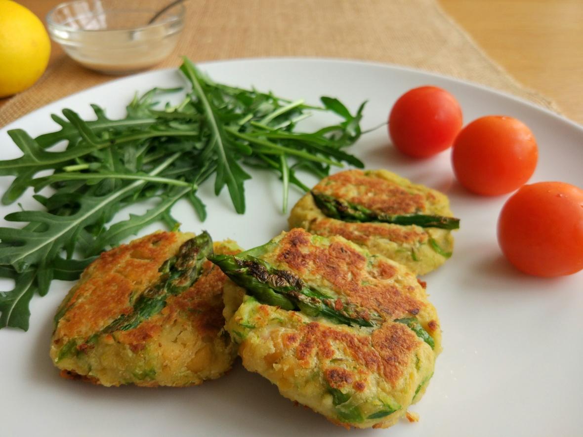 asparagus-falafel