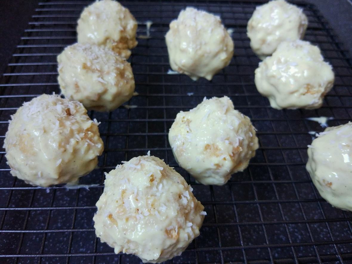 white chocolate coconut balls.jpg