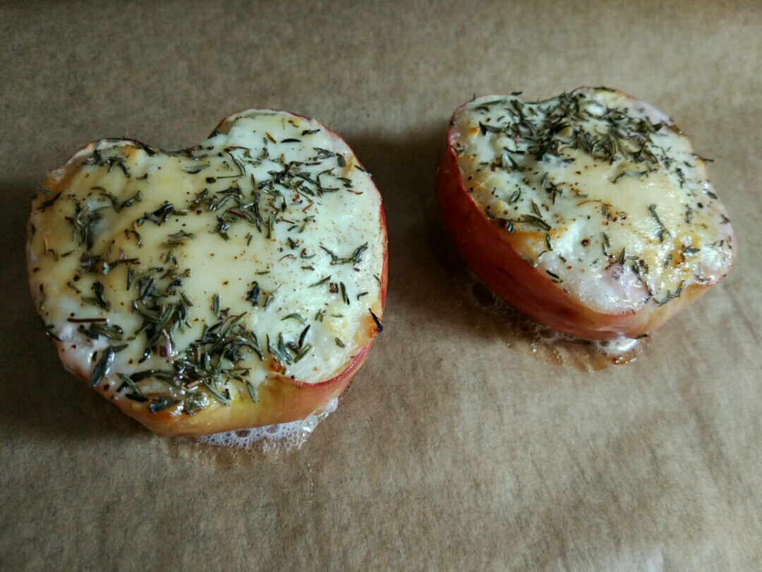 baked apples stuffed goat cheese honey